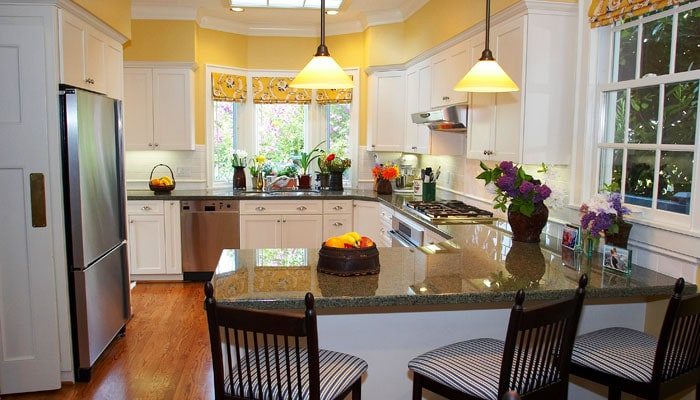 trinity-kitchen-yellow